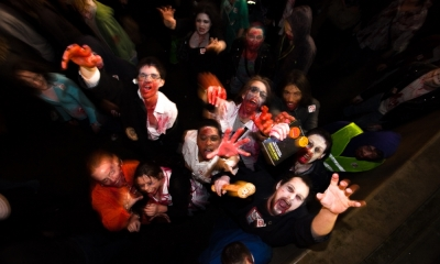 Zombies In Manchester - Day 78, year 2 by purplemattfish
