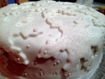 Sugar crystal snowflakes